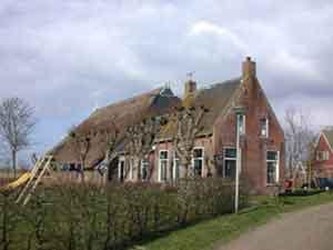 Hans-Mennes-House-and-Barn-1